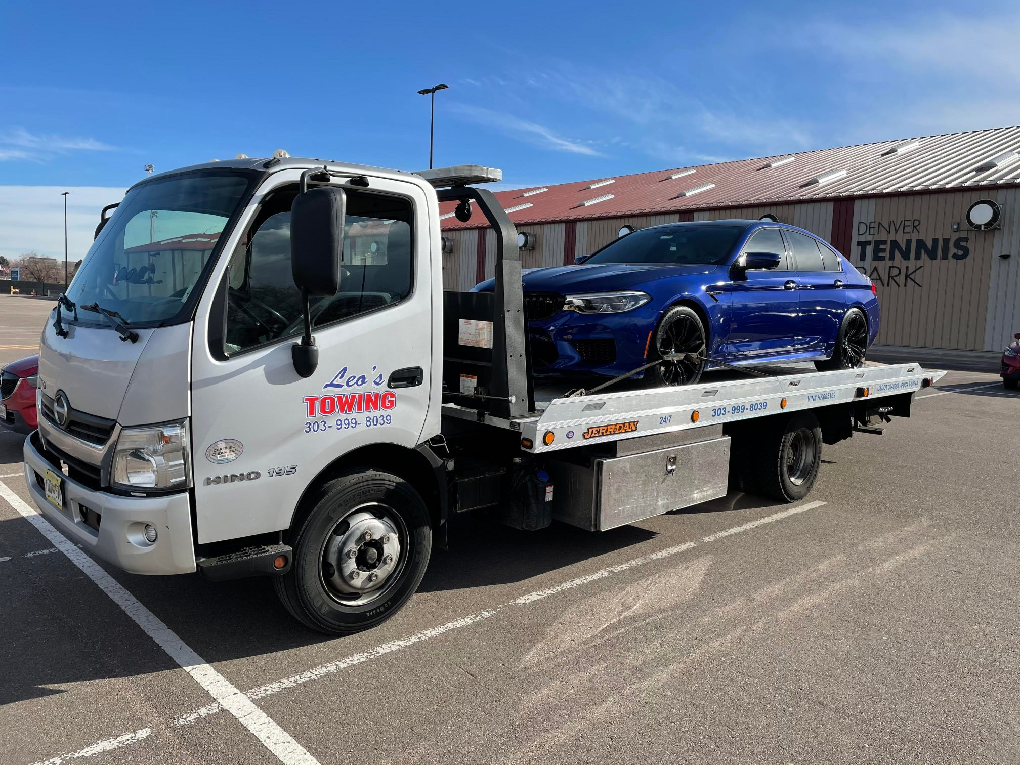 Leos Towing & Recovery (1)